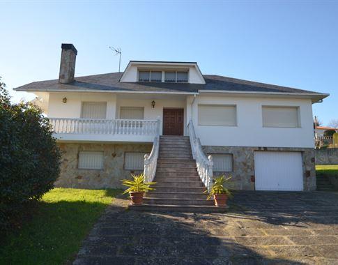 foto de Casa en venta en Bergondo  1