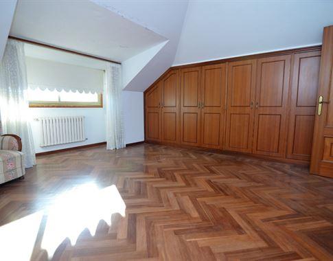 foto de Casa en venta en Bergondo  26