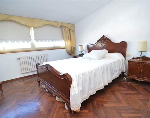 foto de Casa en venta en Bergondo  28