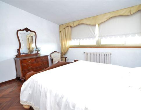 foto de Casa en venta en Bergondo  29