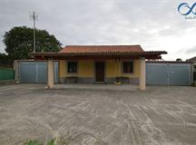 Casa en venta en Aranga