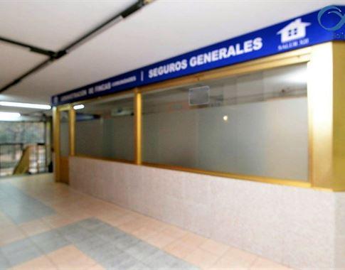 foto de Local comercial en alquiler en A Coruña  4